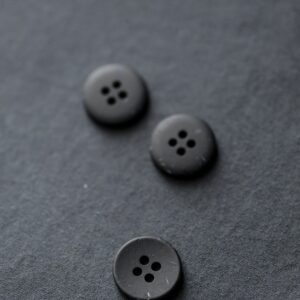 Merchant and Mills, inky speckles 18 mm