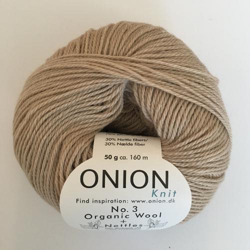 Onion No. 3 Wool + Nettles, perlemor